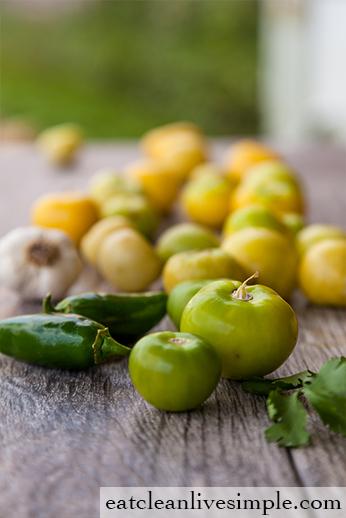 Salsa Verde - www.eatcleanlivesimple.com